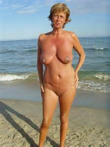 Nudist Women Photo of the Day 03/16/11  GOOD NAKED