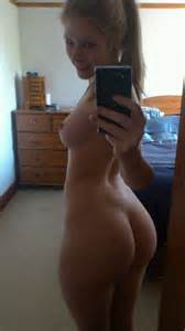 Another set of hot self shots of curvy big ass girls.