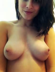 Naked Teen With Cute Boobs