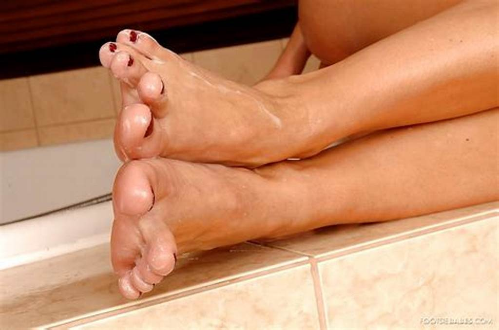 #Footsie #Babes #Suzie #Carina #Great #Legs #Mobilepicture #Sex #Hd