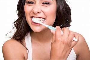 Dents Qui Se Déchaussent Photos : brossage des dents avant ou apr s le petit d jeuner ~ Medecine-chirurgie-esthetiques.com Avis de Voitures