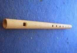 Gangor cangor merupakan alat musik tradisional jambi yang terbuat dari bambu. 16 Alat Musik Tradisional Khas Jambi, Gambar dan Cara Memainkannya | Mantabz