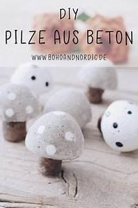 Herbstdeko Selbst Gemacht : diy pilze aus beton kreative und einfache bastelidee mit beton pinterest ~ Orissabook.com Haus und Dekorationen