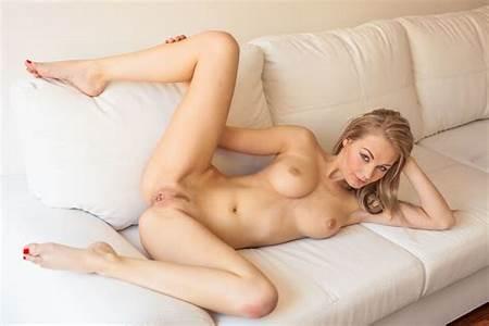 Sarka Nude Teen