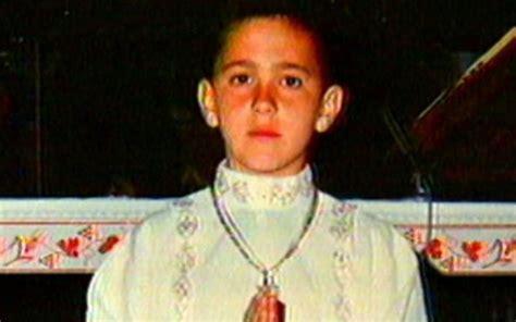 Giuseppe fu trasportato da un posto all'altro per mezza. Scarcerato l'assassino del piccolo Giuseppe Di Matteo. Il ...