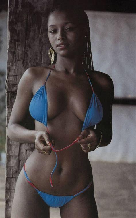 Ebony Pornstar Pussy Creampie