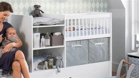 lesbienne dans la chambre amenager un coin bebe dans la chambre des parents wordmark