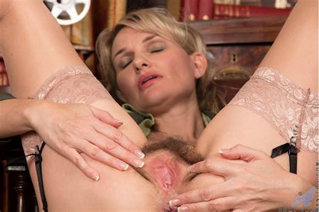 #Military #Mature #Roxy #Jay #Wide #Open #Wet #Hairy #Pussy