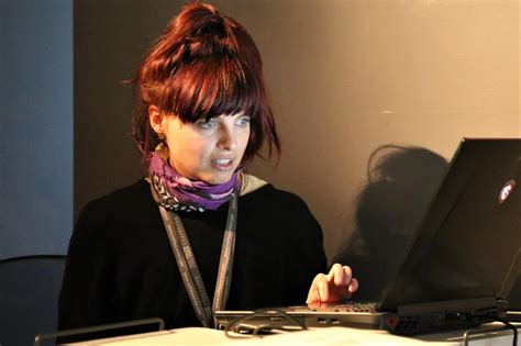 Tekstilmākslas meistarklase Austrālijas mākslinieces Kasia ...