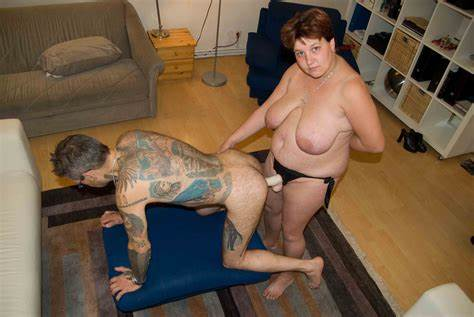 Naughty Strapon Lesbians Submit Tattooed Old