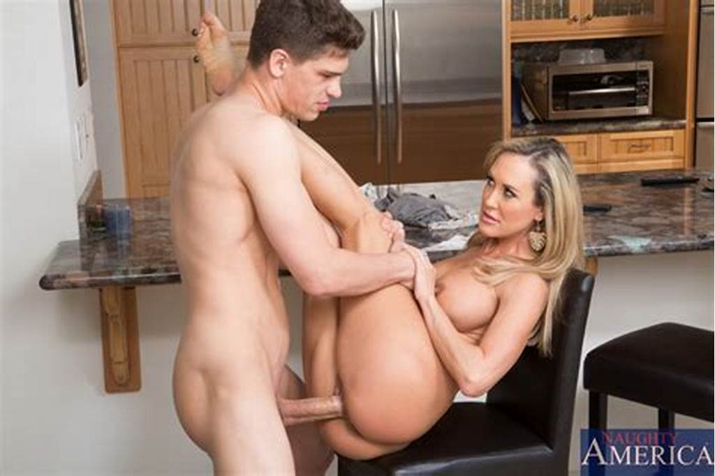 #Brandi #Love #& #Bruce #Venture #In #My #Friends #Hot #Mom