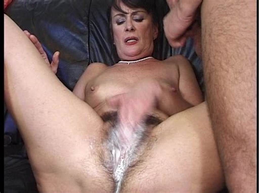#Omg #This #Dinasaur #Shows #Us #A #Hairy #Creampie!!!