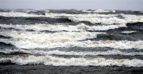 Baltijas jūrā izglābti poļu burātāji - DELFI