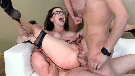 Double Puss Girl Takes Three Massive Cocks In All Her Holes