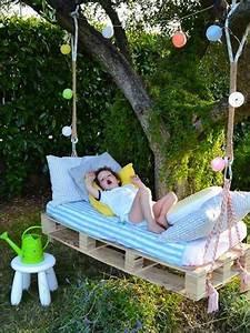 Balancelle De Jardin En Bois : balancelle de jardin en palette bois et matelas ~ Teatrodelosmanantiales.com Idées de Décoration