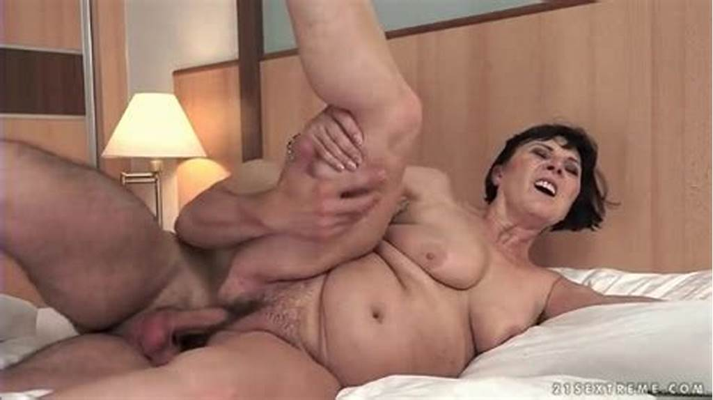 #Hard #Cock #Fucks #Curvy #Mature #In #Hairy #Pussy