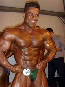 Brazilian Bodybuilder Paulo Lima Is The Nabba Mr  Universe Of 2011
