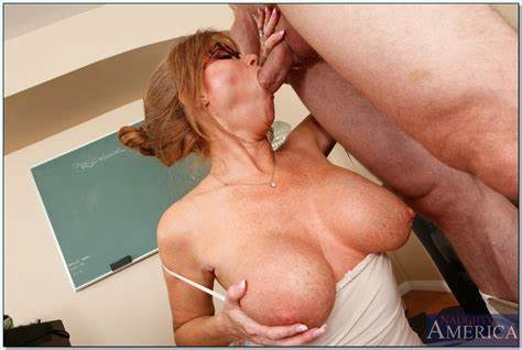 Fat Breasty Granny Drilled Naughty Cunt Drilling