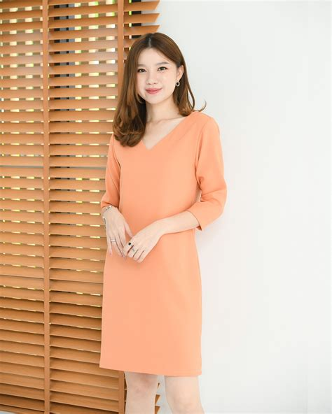 Basic B dress ส้ม - CRAYON