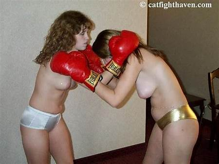 Nude Teen Boxing