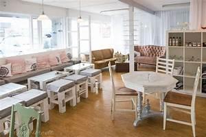 My Cafe Einrichtung : isl ndisches caf mit diy m beln und glaskunst ~ A.2002-acura-tl-radio.info Haus und Dekorationen