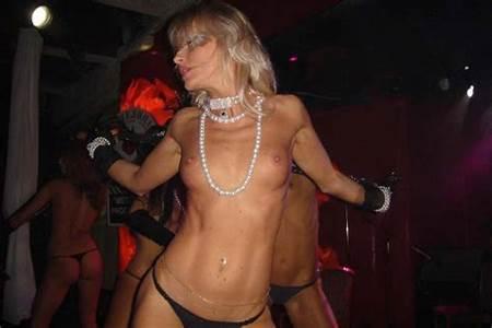 Girls Nude Dancing Teen