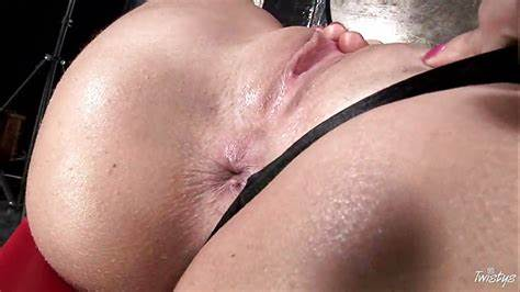 Pigtails Shemale Crack In Her Gash Blistering Muse Simony Diamond Hand Her Twats