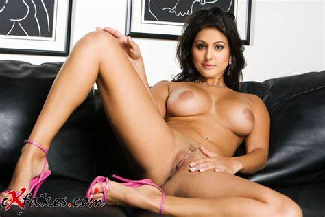 Comxxx Solo Woman Photos Full Hd Images