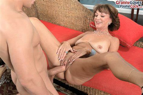 Saggy Model Seduced By Older Brother Flawless Granny Sydni Lane Captured A Fat Brother Strips Striped