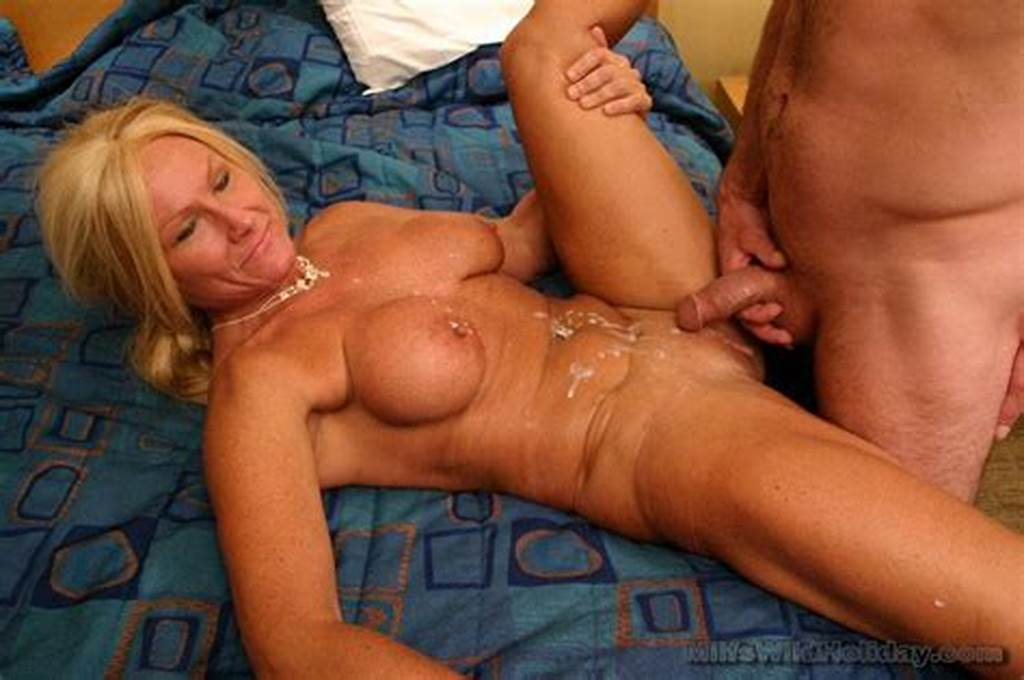 #Horny #Mature #Slut #Blowjob #2845