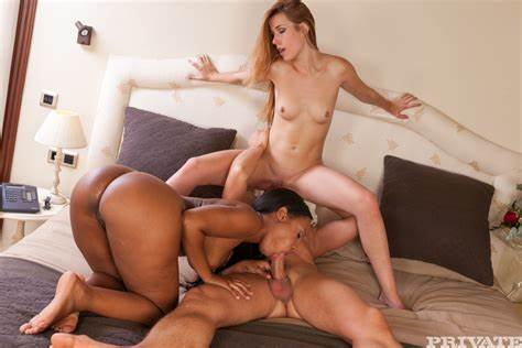 Bareback Lesbians Three With Threesome Guys