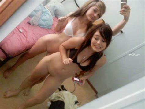 Extremely Sensual Selfies Vixen Lets Lesbians Chick Lady Takes Selfpics In The Window