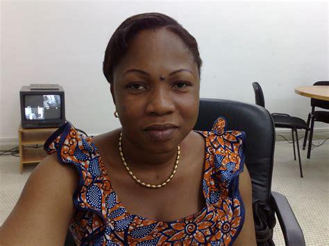 une baise au bureau non n 39 est pas haitienne un poisson d 39 avril qui nous a tous trompé zone 509 haiti