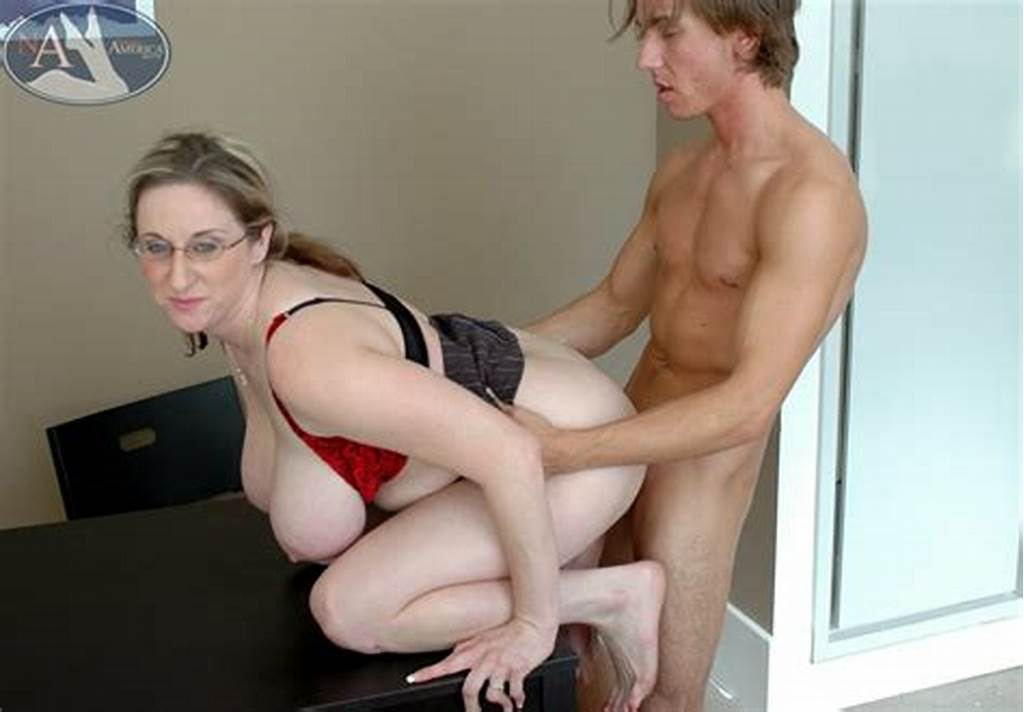 #Chubby #Mature #Teacher #Kitty #Lee #Fucking #And #Giving #Awesome