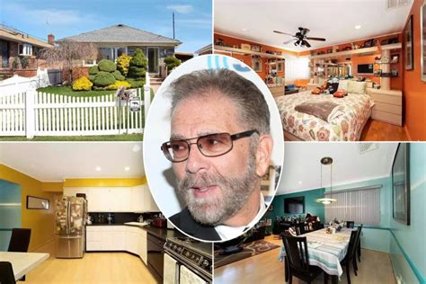 'Howard Stern Show's Ronnie Mund lists Queens home for ...