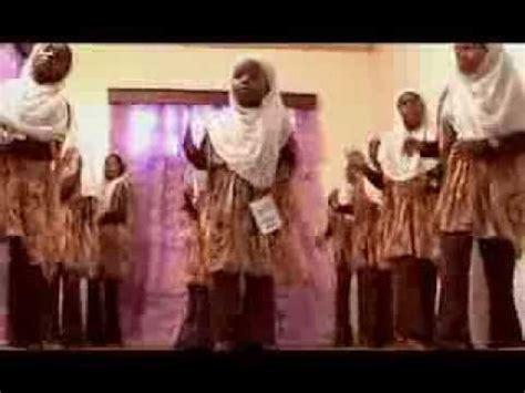 Harusi is a kiswahili word which means wedding in english. Harusi Za Zanzibar / Muelekeo mpya wa habari, kwa habari ...
