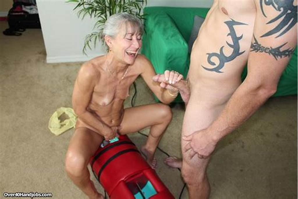 #Milf #Leilani #Lei #Rides #The #Sybian #While #Stroking #A #Big