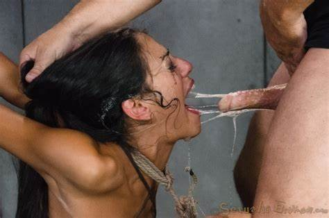 Shemale Blowjobs Her Strict Ten Inch