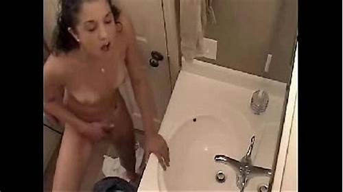 Desi Restroom Hidden Bikini #Time #To #Fingering #In #Bathroom