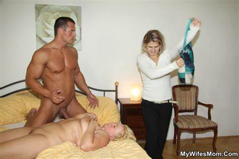 Attractive Russian Mature Caught Her Stud Fhg Mywifesmom 010601 C 1 16 On Blacked