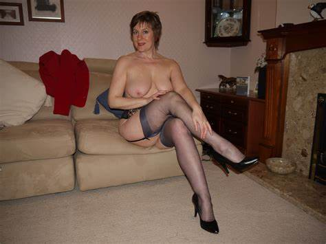 Old Cunt Through Nylons