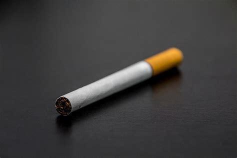 Kriminālatbildība par nelikumīgu jebkāda apmēra tabakas ...