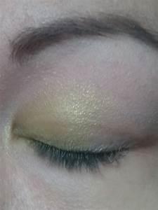 Blue And Green Eyeshadow Tutorial