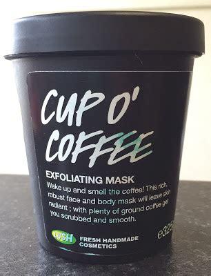 Despierta con una exfoliada de café. All Things Lush UK: Cup O' Coffee Exfoliating Mask