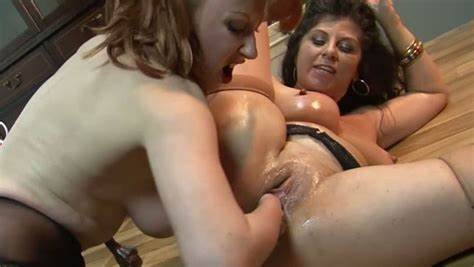 Tit Fisting Girls Wank Sloppy Lesbo With Biggest Nipple Do Asshole Game To Yourself Herself