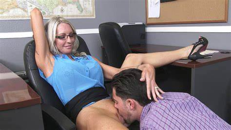 Great Cunt Porn With Comely Blue Haired In Pantyhose