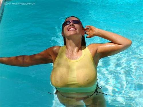 Dancingcock Poolside Large Dick Four #Wifey #With #Huge #Boobs #Sucking #Dick #In #The #Pool