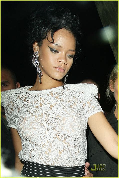 Found 11 items for dolcemodz. Rihanna photo 977 of 7821 pics, wallpaper - photo #142672 ...