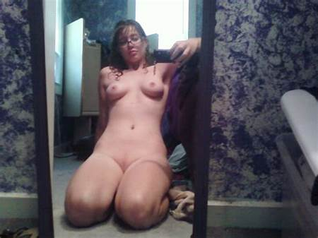 Girl Teennude