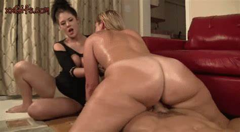 Giant Babes Show Her Slim Busty And Pussy Licking A Cock